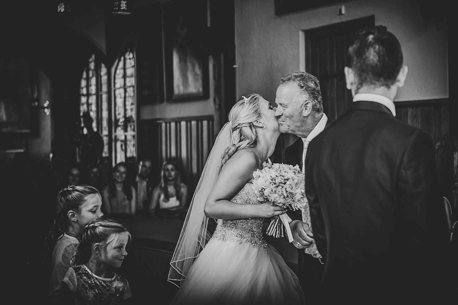 hoe-kies-je-de-trouwfotograaf-vught
